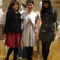 お揃いでスカートを予約してくれた読者モデルの平松さんと越馬さん♪ 二人ともさすがのスタイルです!